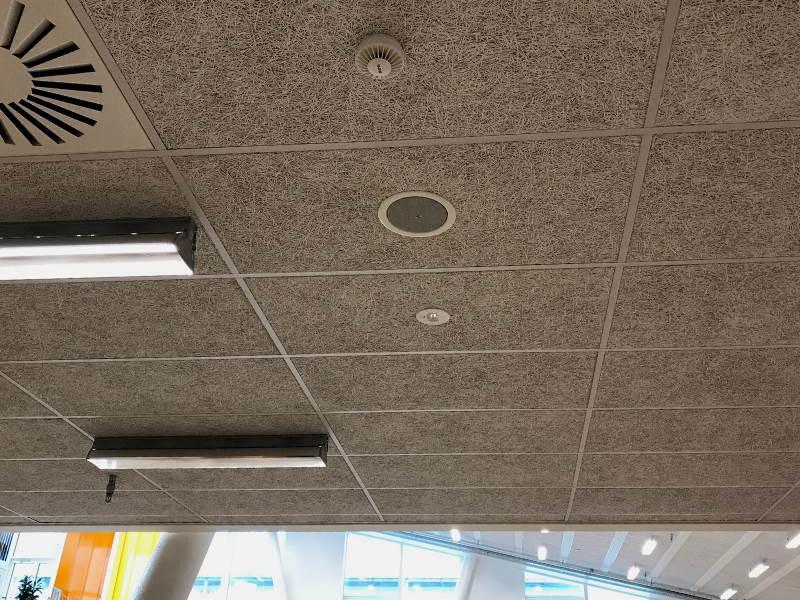 Sikring og adgangskontrol til skolebyggeri detektorer enheder